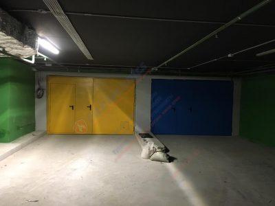 Распашные Противопожарные ворота EI60 с калиткой и люком (синие и желтые)